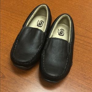 Children's Place brown loafers boys size 9